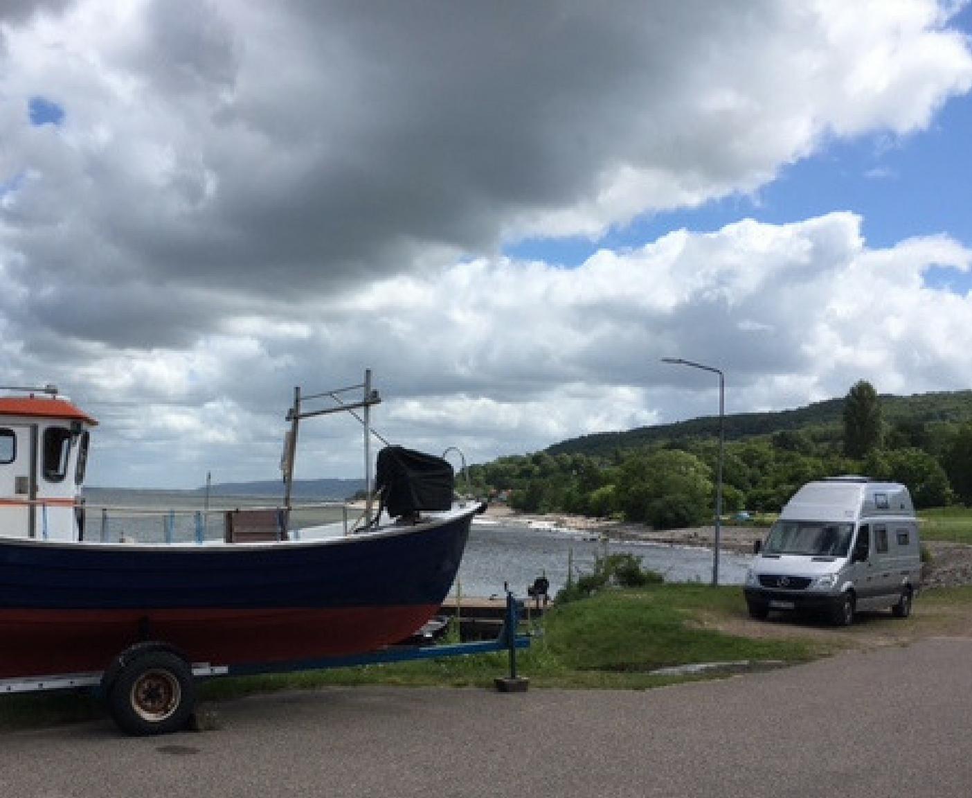 Norwegen mit dem Wohnmobil Schiff Straße Wasser Himmel